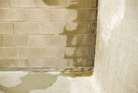 Rain water leaks on the wall causing damage