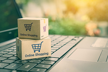 Online_Shopping_Ecommerce_Delivery_Box